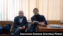 Петр Зуев (слева)