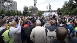 No One Safe As Moscow Police Lash Out