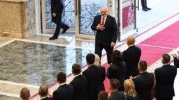 Александр Лукашенко прибывает во Дворец независимости на тайную инаугурацию, 23 сентября 2020 года. Фото: EPA-EFE