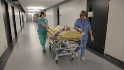 Как власти Латвии собираются решать проблему нехватки врачей