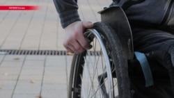 На коляске за грабителями: паралимпиец из Латвии стал звездой реальной криминальной драмы