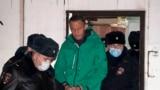 Аресты и запугивания: власти против протеста. Вечер с Игорем Севрюгиным
