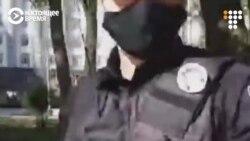 В Киеве полиция избила журналиста во время акции протеста 29 апреля